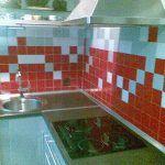 Alicatiado de Cocina en Gris y Rojo 2