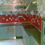 Alicatiado de Cocina en Gris y Rojo 3