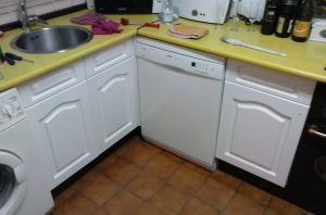 2ª Mano de laca en muebles de cocina y montado (5)