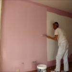 Aplicando Esmalte color Malva en piso de Algete 1