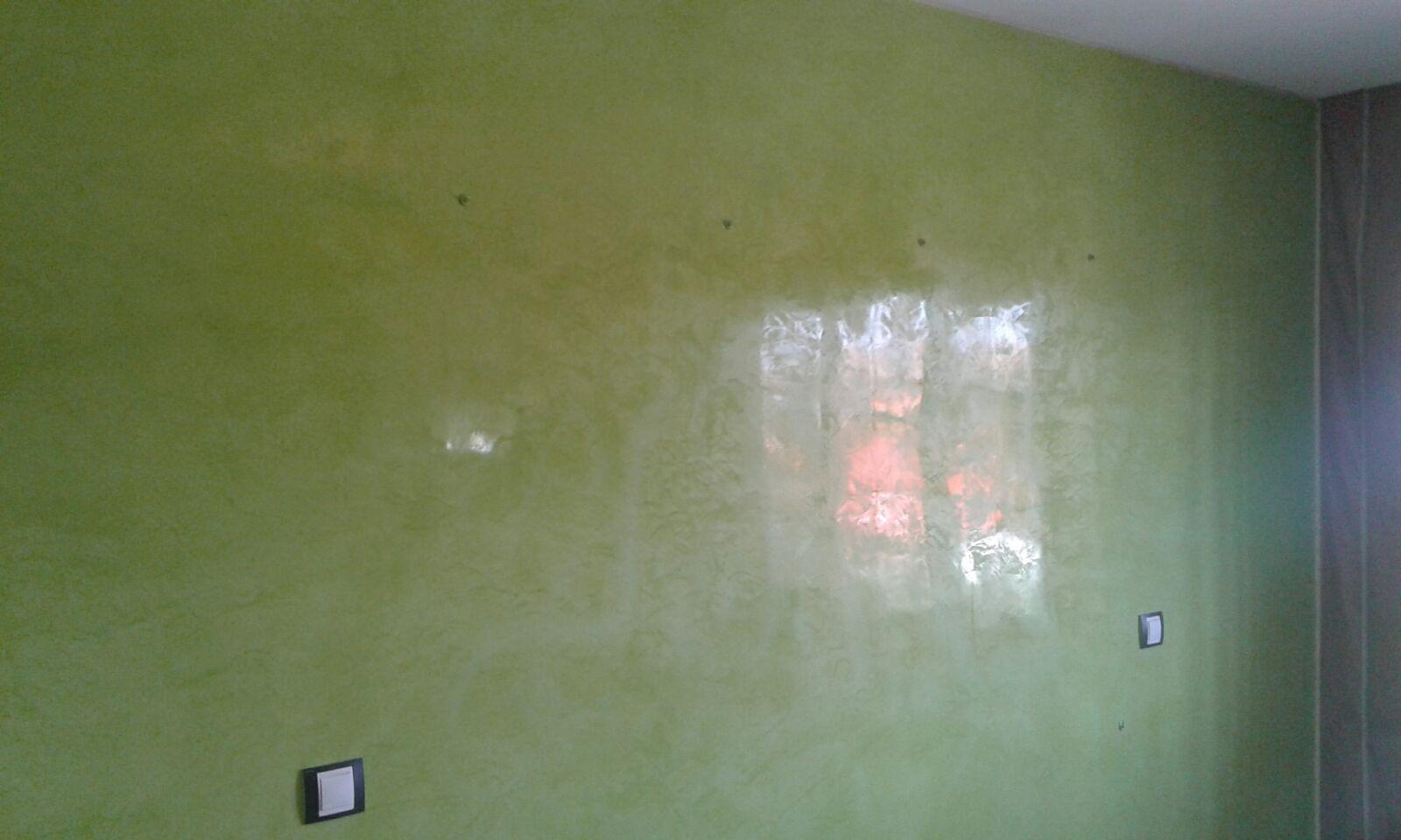 Estuco veneciano veteado color verde 14 pintores en - Pintar sobre estuco veneciano ...