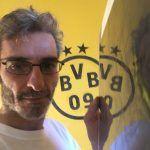 Muestras Estuco Negro y Amarillo con Escudo (8)