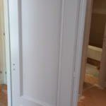 Lacado de puertas blanco y plastico liso gris con veloglas (12)