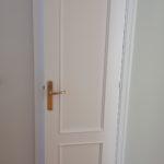 Lacado de puertas blanco y plastico liso gris con veloglas (23)