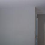 Lacado de puertas blanco y plastico liso gris con veloglas (28)